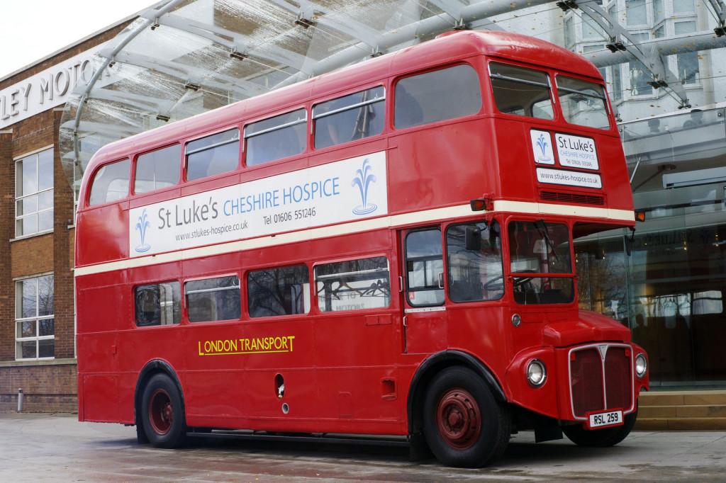 Английский двухэтажный Автобус