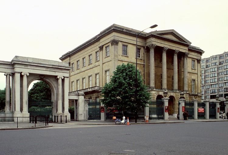 Резиденция герцогов Веллингтонов – Эпсли-Хаус