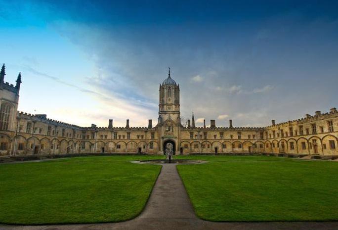 Самый большой колледж Оксфорда – Крайст-Черч