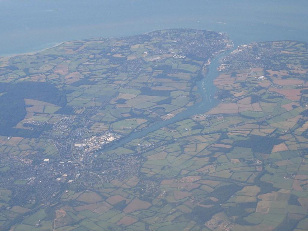 Вид сверху на город Ньюпорт