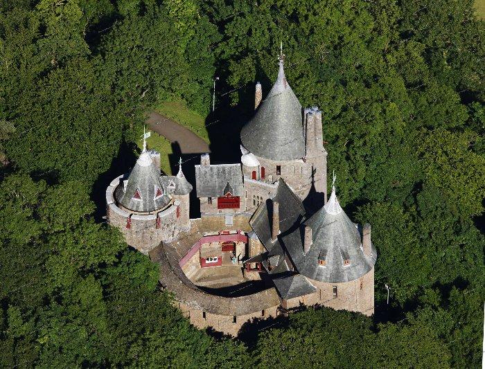Замок Кох (Красный замок)