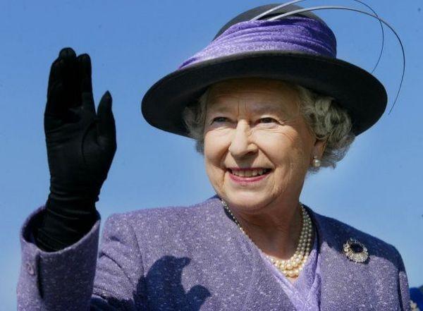 Шляпка английской королевы