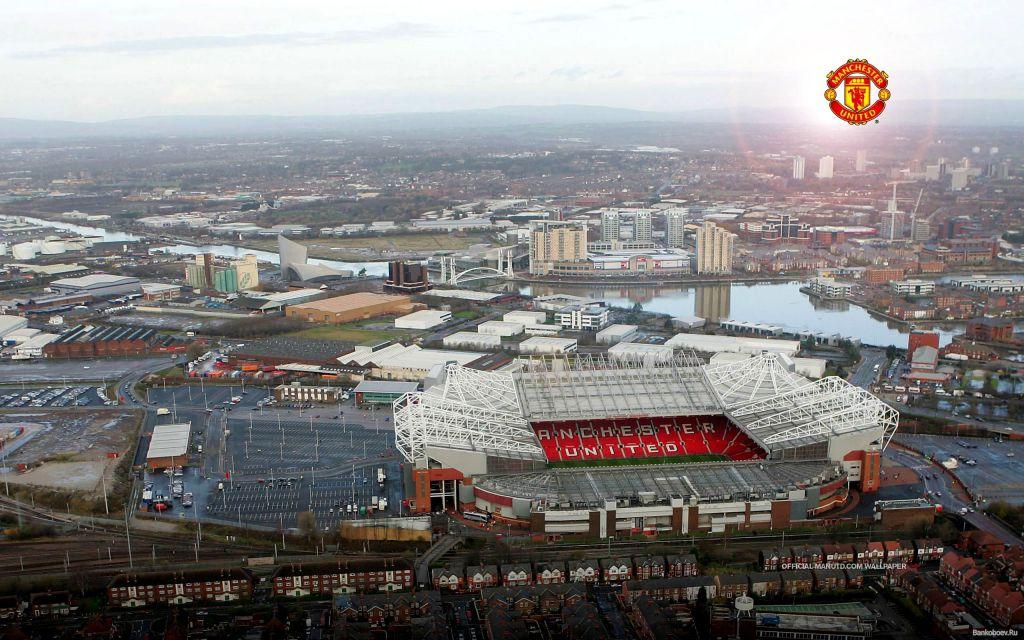 Панорама стадиона Олд Траффорд
