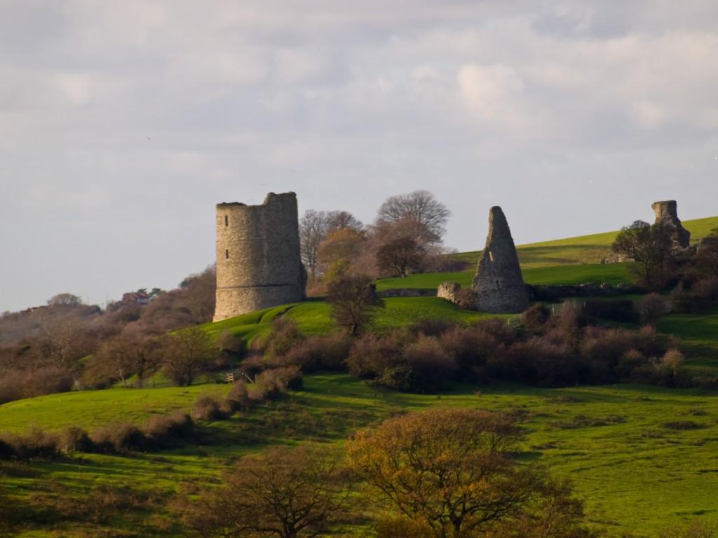 Замок Хадли (Hadleigh Castle)