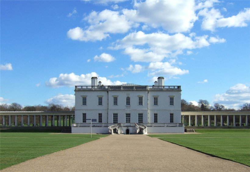 Дом Королевы или Квинс-хаус