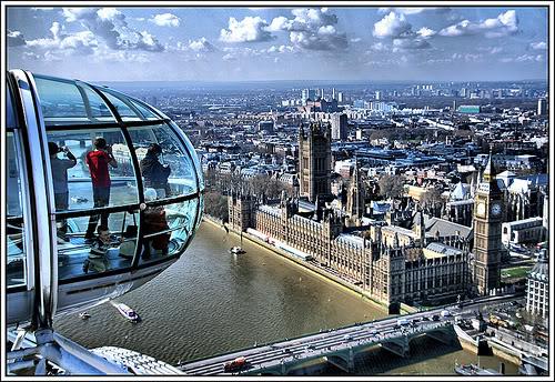 Вид из Лондонского колеса обозрения