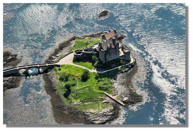 Замок Эйлен Донан - вид сверху